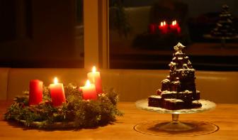 weihnachtsbaum kuchen veganer weihnachtskuchen mit bild. Black Bedroom Furniture Sets. Home Design Ideas